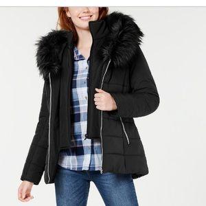 NWT / Hooded Faux-Fur-Trim Puffer Coat